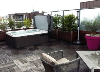 sundance-hot-tub-deck-installation-roof-top-in-wichita